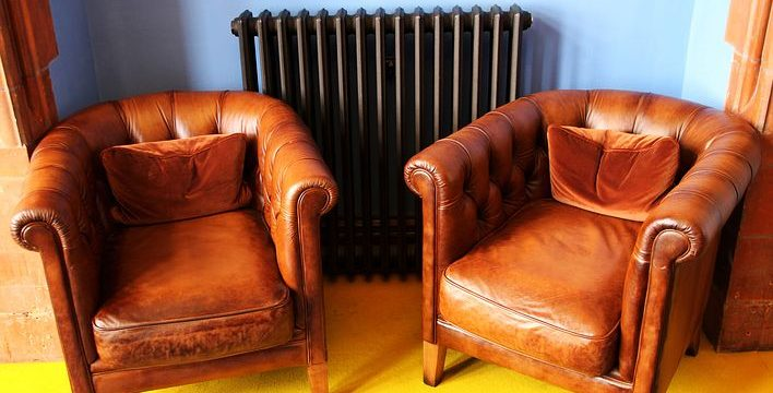 The 3 Differentiators of A Leather Sofa VS Fabric